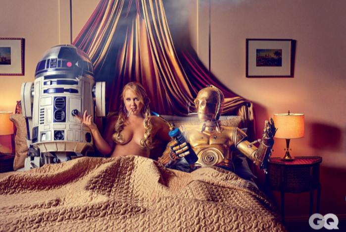 STAR WARS épisode 7  - Page 5 Amy-schumer-parties-hard-star-wars-style-in-gq-photoshoot6?format=1000w