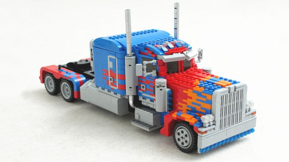 custom-made-transformable-lego-optimus-prime