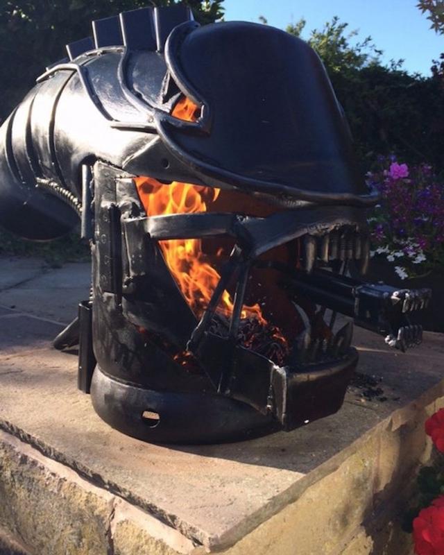 In The Backyard, No One Can Hear You Burn: ALIEN Xenomorph ...
