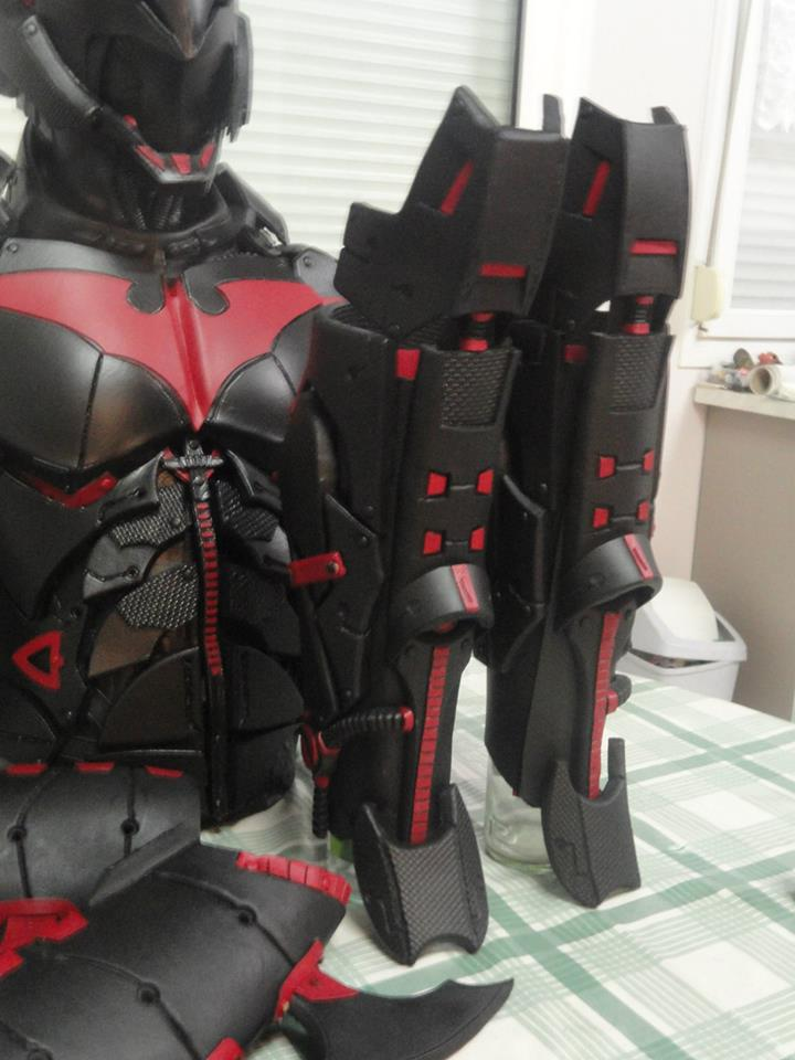Awesome Batman Beyond Cosplay Shows True Craftsmanship Geektyrant