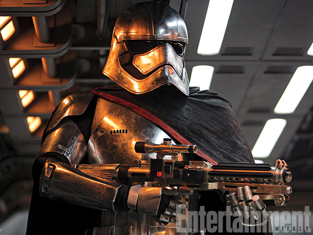 new-star-wars-the-force-awakens-photos-and-ew-magazine-cover7