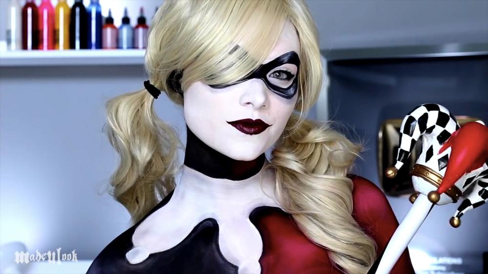 Harley Quinn - Batman (Makeup/Body Paint Tutorial) - YouTube