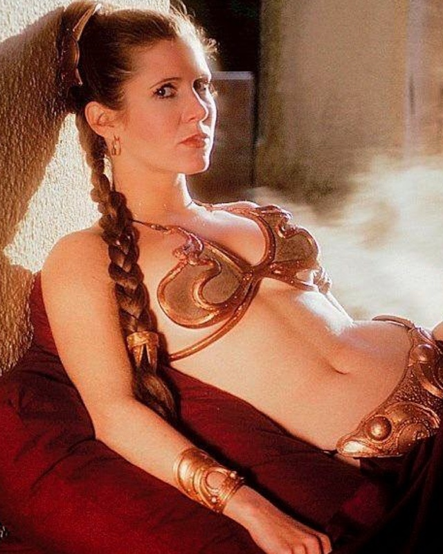 Princess Leiau0027s RETURN OF THE JEDI Slave Outfit Is Going to Auction  sc 1 st  GeekTyrant & Carrie Fisheru0027s Slave Leia Costume Sells for $96000 u2014 GeekTyrant