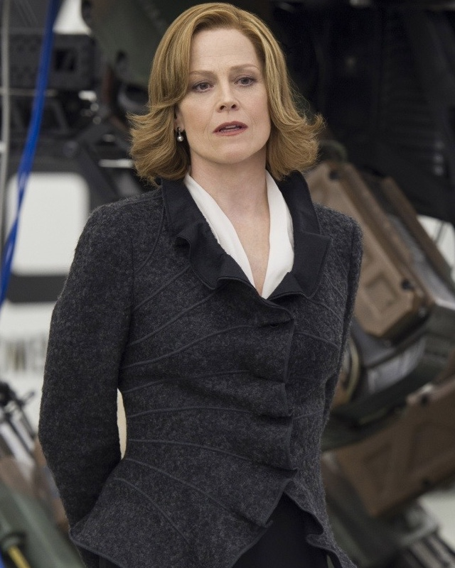 Sigourney Weaver Filmography And Biography On Movies Film: Sigourney Weaver Will Have A Cameo In GHOSTBUSTERS Reboot