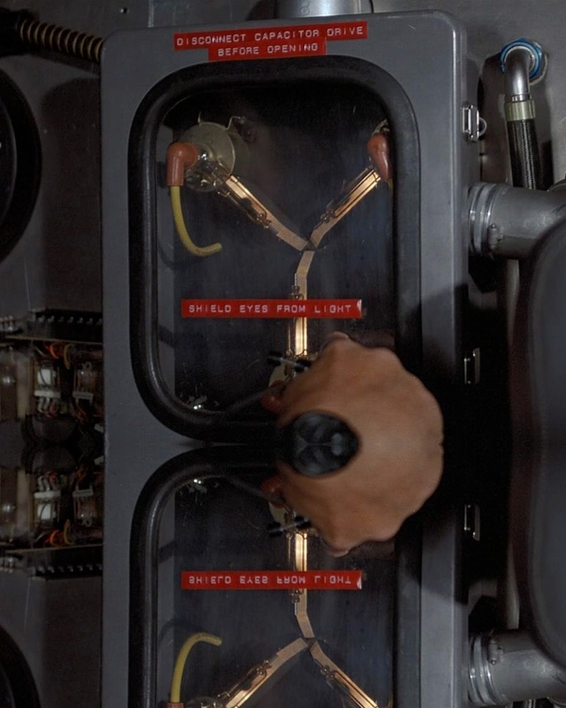 Make Your Own Flux Capacitor From Back To The Future
