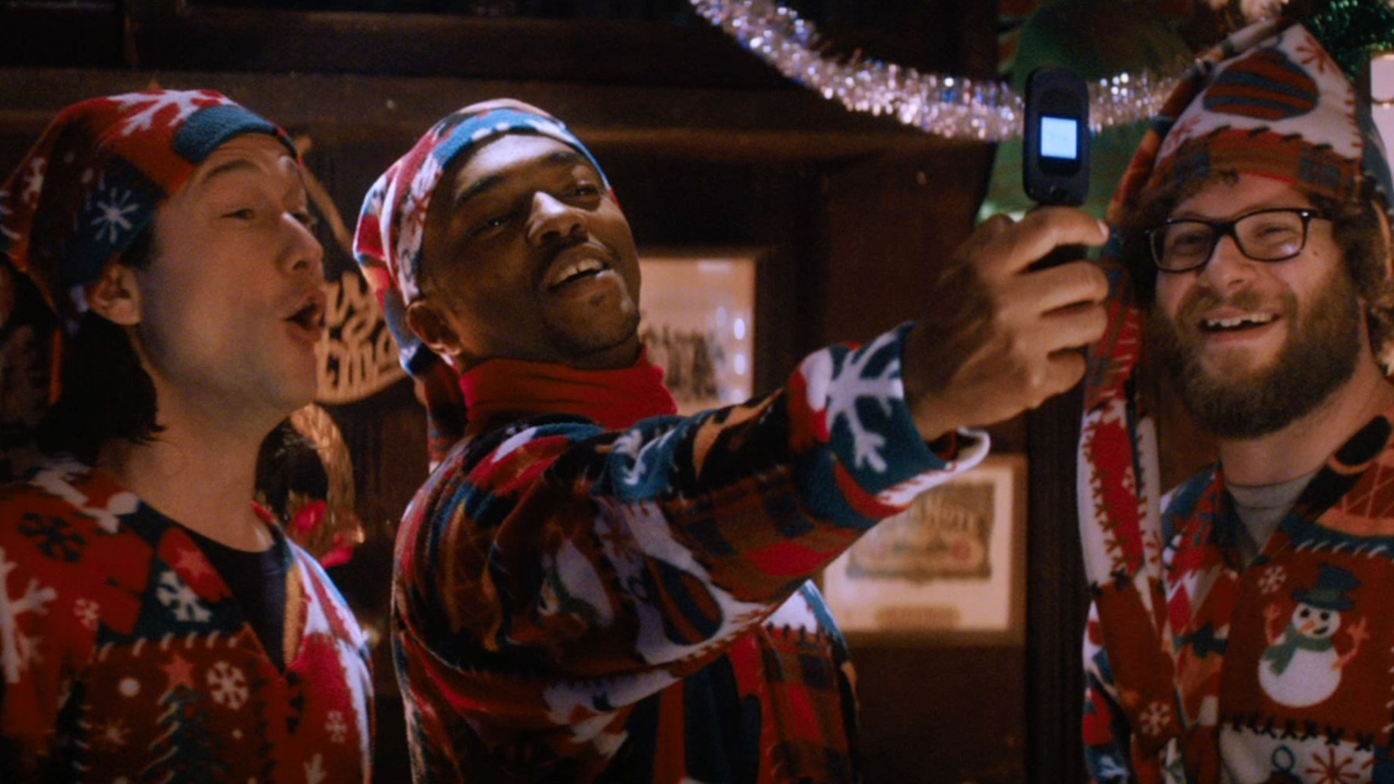 director jonathan levine reunites with his 5050 stars joseph gordon levitt and seth rogen in the christmas comedy the night before and anthony mackie - The Night Before Christmas Trailer