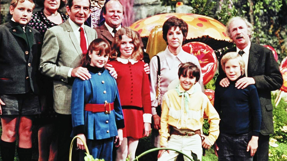 watch cast of willy wonka and the chocolate factory celebrates  watch cast of willy wonka and the chocolate factory celebrates film s 44th anniversary
