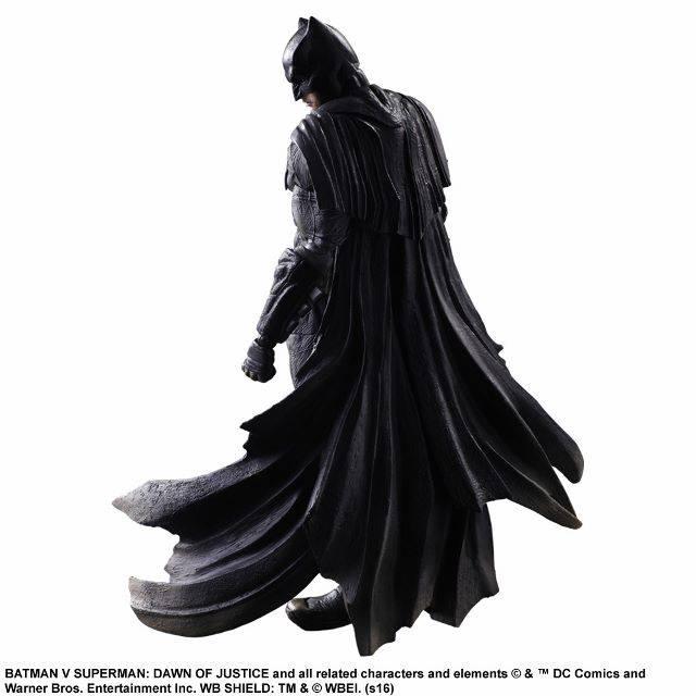 BvS-Play-Arts-Kai-Batman-003.jpg