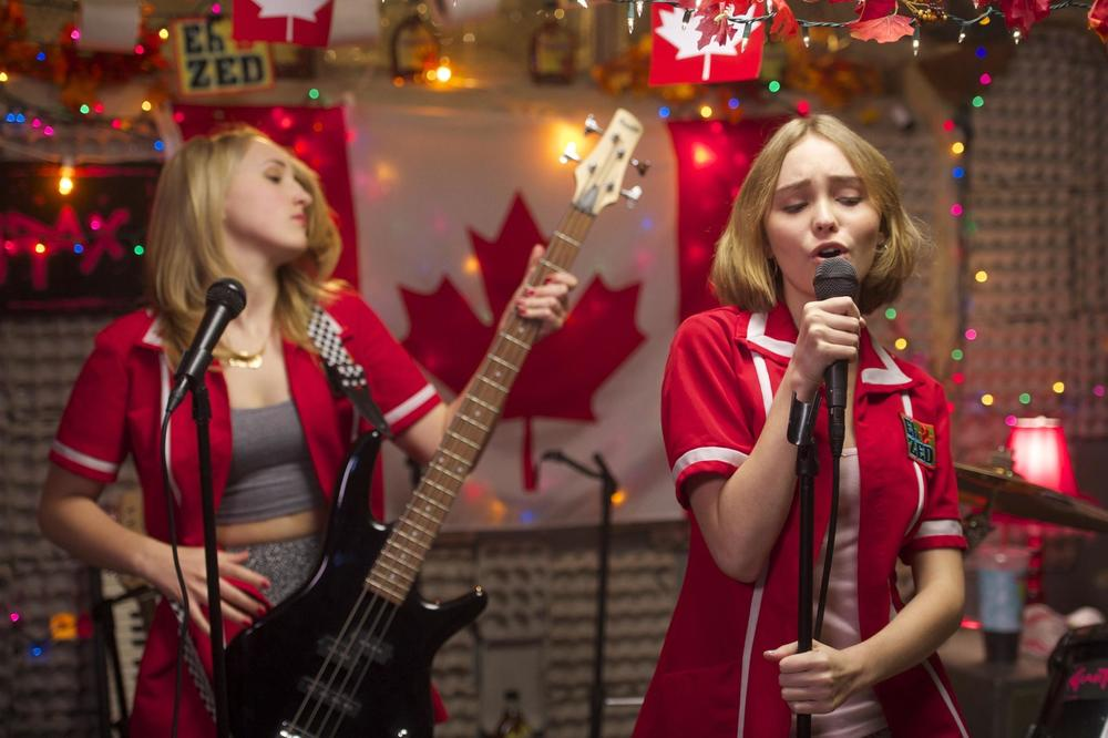yoga-hosers-is-kevin-smiths-worst-and-most-embarassing-film-sundance-review