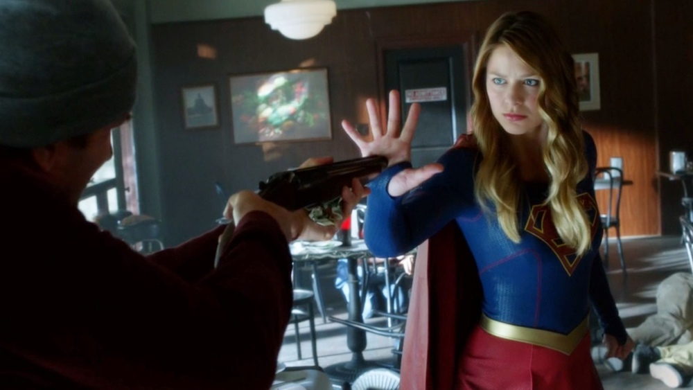 'Supergirl' meets 'The Flash' — what you need to know ...