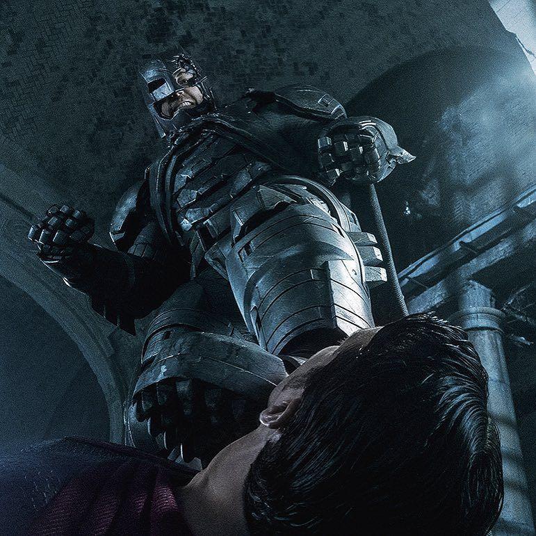 cool-details-on-batmans-calculated-attack-on-superman-in-batman-v-superman