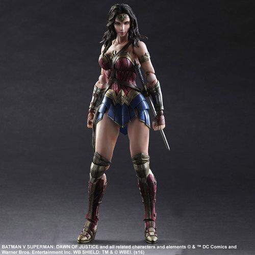 BvS-Play-Arts-Kai-Wonder-Woman-001.jpg