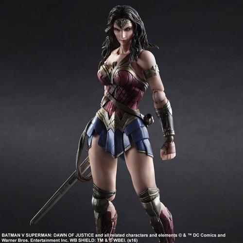 BvS-Play-Arts-Kai-Wonder-Woman-003.jpg