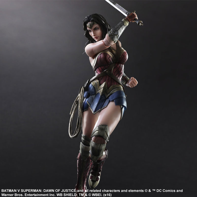 BvS-Play-Arts-Kai-Wonder-Woman-005.jpg