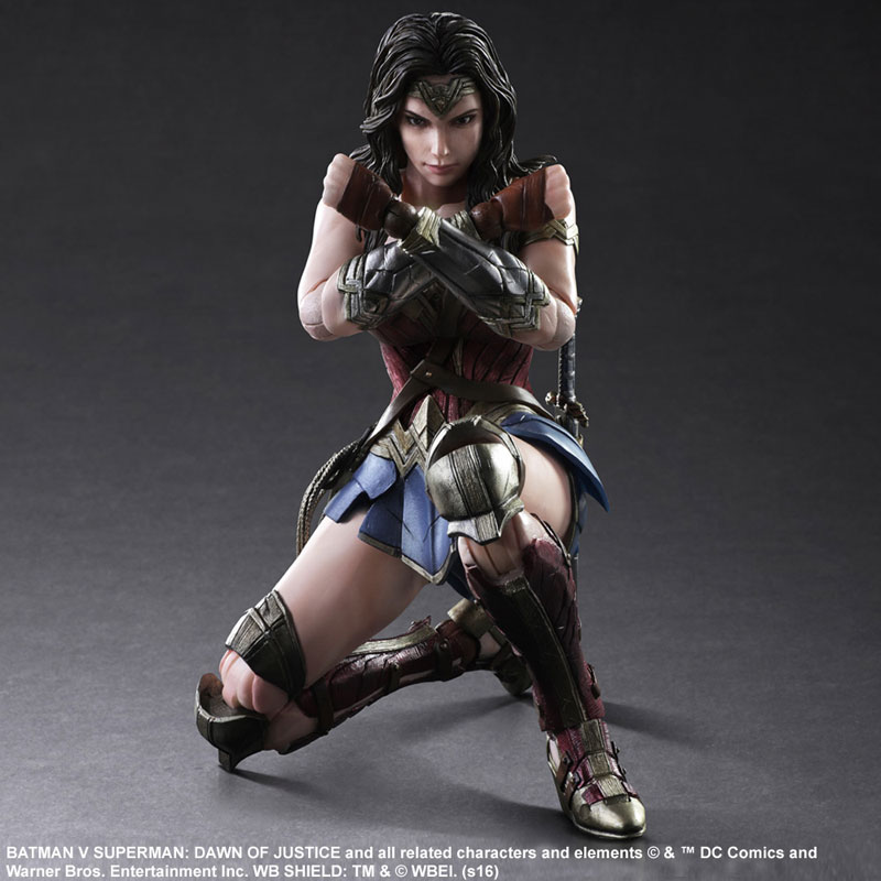 BvS-Play-Arts-Kai-Wonder-Woman-006.jpg