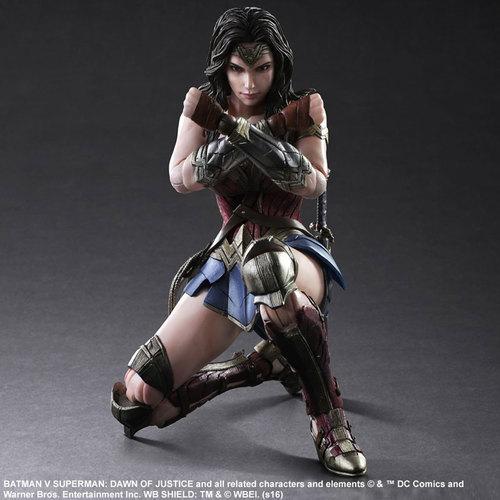 BvS-Play-Arts-Kai-Wonder-Woman-006.jpg