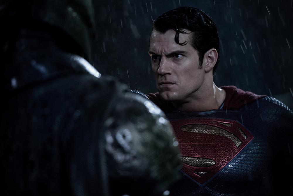 henry-cavill-batman-v-superman-dawn-of-justice-image.jpg