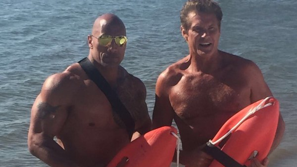 first look at david hasselhoff on the set of the new baywatch movie