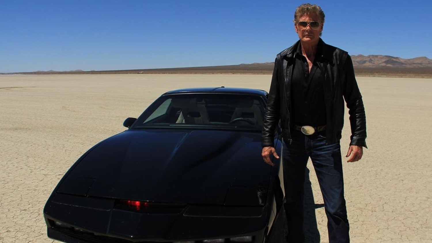 Turn Your Car into K I T T  With This KNIGHT RIDER Inspired USB