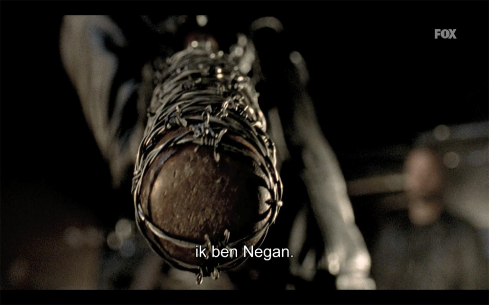 negan-shows-up-in-the-walking-dead-season-finale-promo-spot2