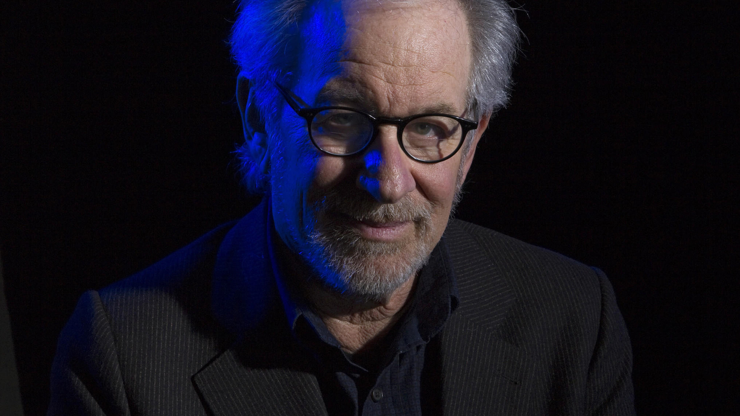 watch steven spielberg gives a tour of universal studios ready player one is going to be classic steven spielberg