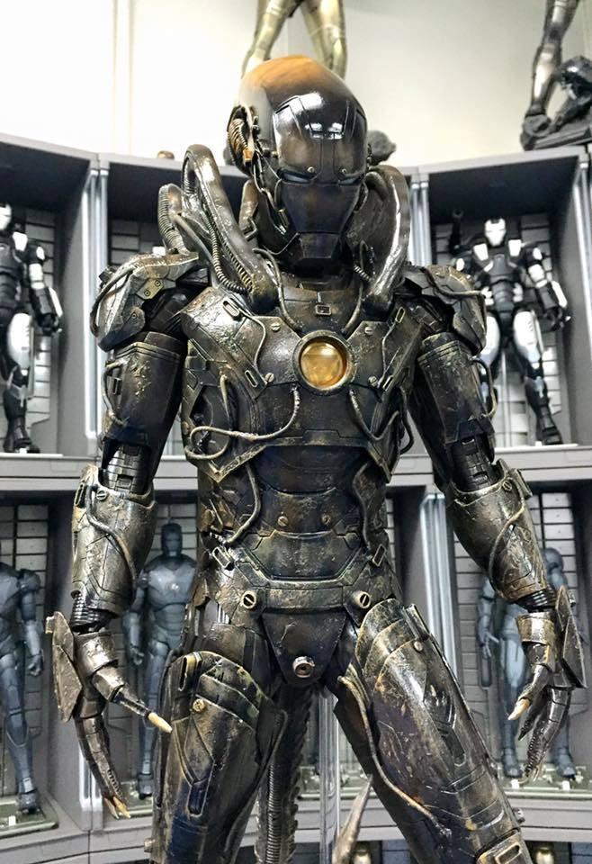 magnificent-iron-man-alien-xenomorph-action-figure-mashup