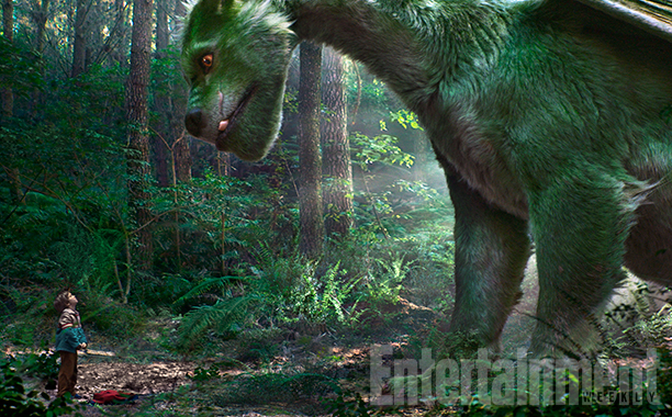 new-images-from-petes-dragon-star-trek-beyond-ghostbusters-and-the-bfg