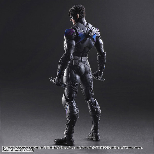 Play-Arts-Kai-Nightwing-2-600x600.jpg