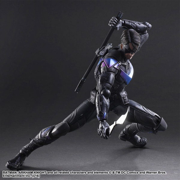 Play-Arts-Kai-Nightwing-4-600x600.jpg