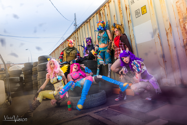 apocalypse-my-little-pony-cosplay-group-is-ready-for-survival