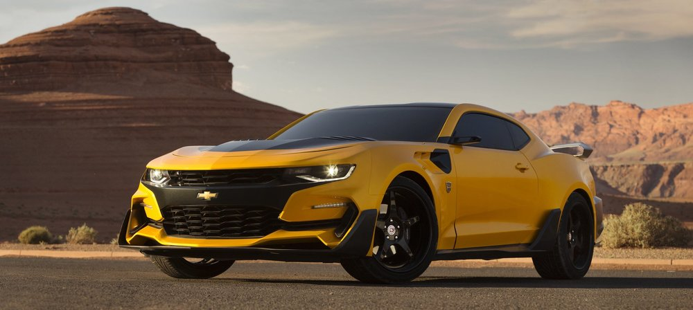 michael-bay-reveals-the-new-custom-built-bumblebee-camaro-for-transformers-the-last-kinght