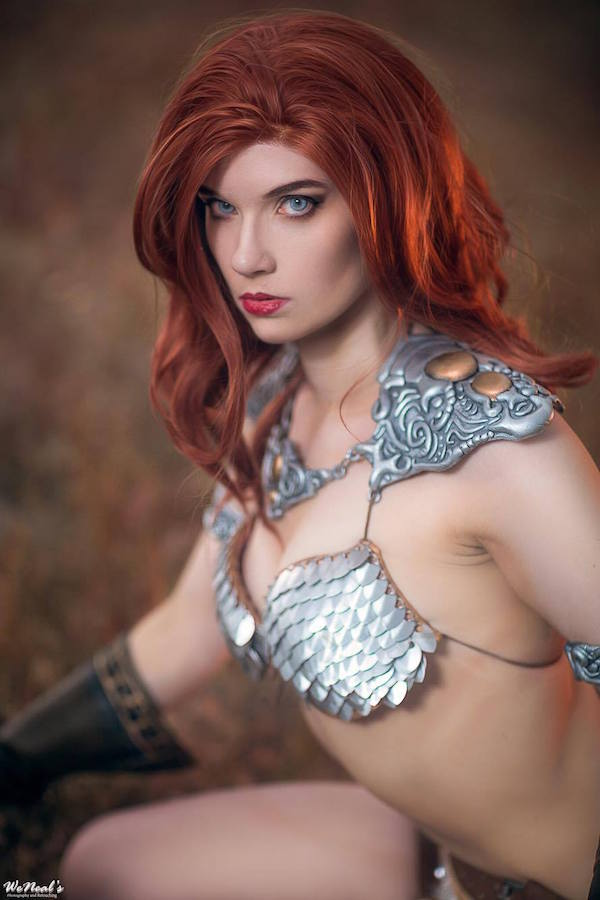 stunning-red-sonya-cosplay-based-on-sideshow-collectibles-figure9