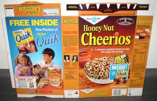 the-20-coolest-retro-cereal-box-prizes37