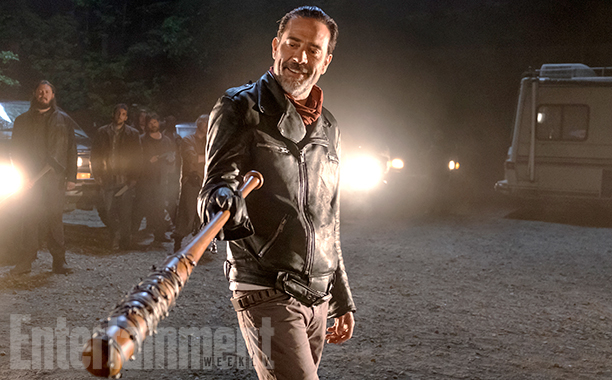 first-photo-of-negan-from-the-walking-dead-season-7-plus-new-details4