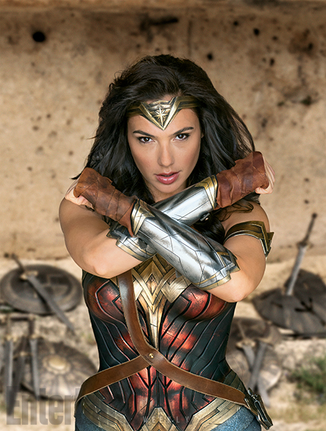 wonder-woman-is-ready-for-battle-in-new-photos-from-the-movie4.jpg