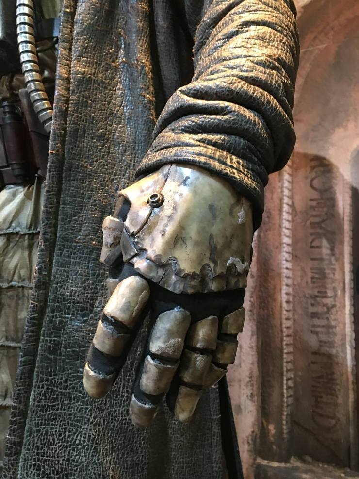 crazy-looking-new-character-revealed-for-star-wars-rogue-one6