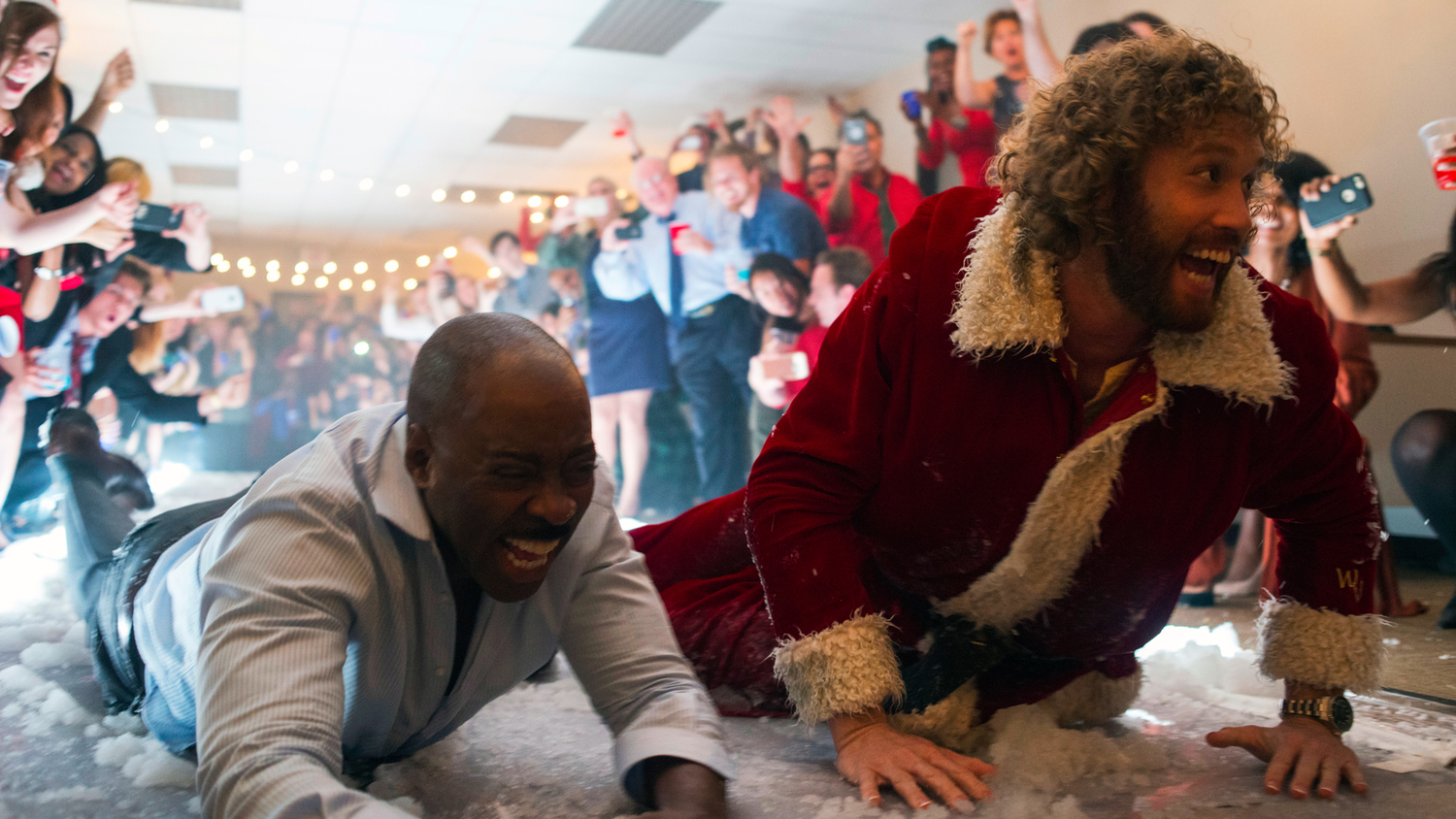 OFFICE CHRISTMAS PARTY Spins Wildly Out of Control in First Trailer ...