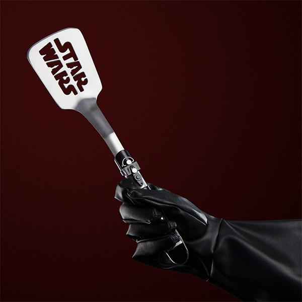 darth-vader-inspired-lightsaber-spatula4