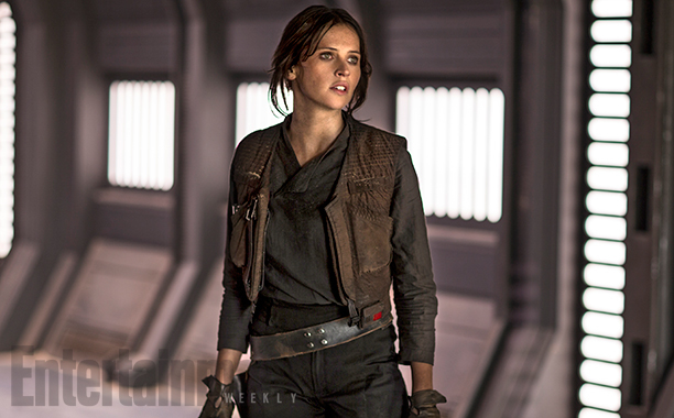 felicity-jones-explains-how-her-rogue-one-character-is-an-unlikely-heroine-plus-a-new-photo1