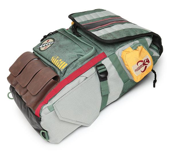 iunm_boba_fett_armor_backpack_det1.jpg