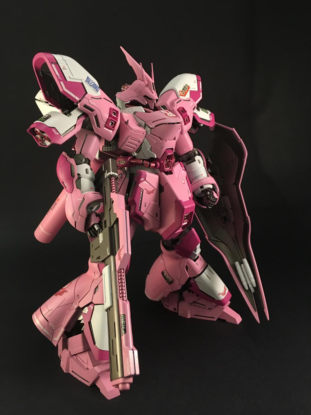 this-gundam-sazabi-mech-has-been-given-a-dva-overwatch-makeover6