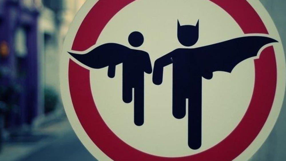 listen-to-stephen-kings-batman-short-story-read-by-actor-stephen-lang
