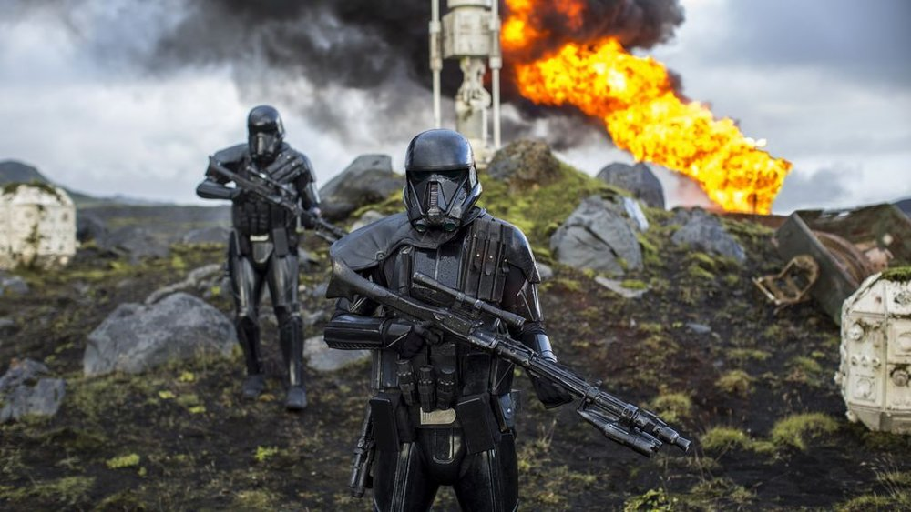 jyn-erso-is-cuffed-in-new-batch-of-rogue-one-a-star-wars-story-photos9