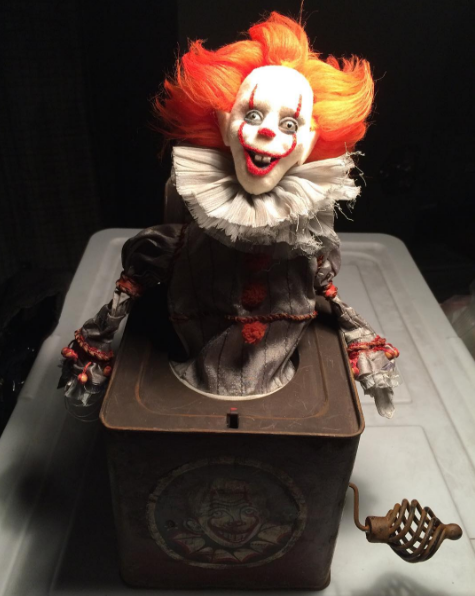 Creepy-Ass Pennywise the Clown Jack-in-the-Box Revealed as IT Wraps ...