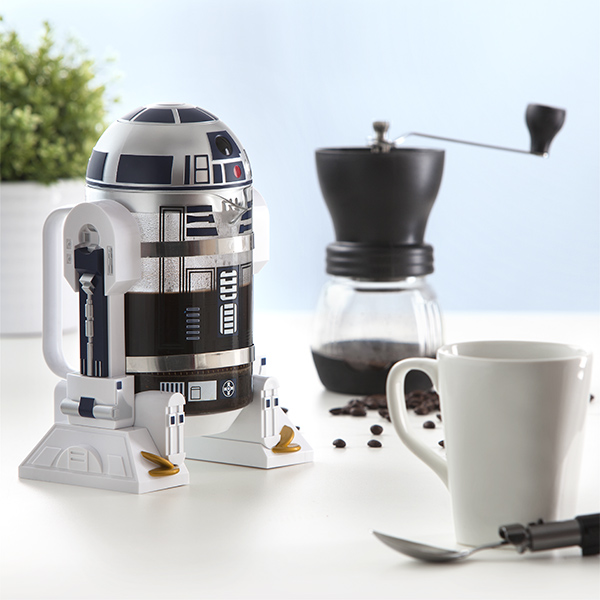 r2-d2-wants-to-help-get-your-morning-started-as-a-coffee-press1
