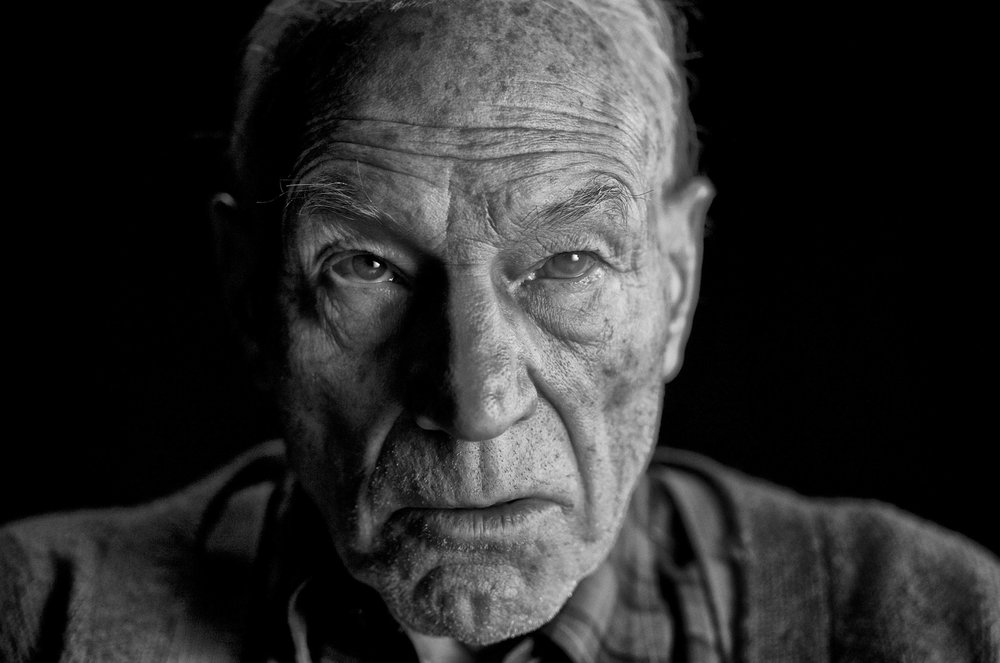 first-look-at-patrick-stewart-as-charles-xavier-in-logan1