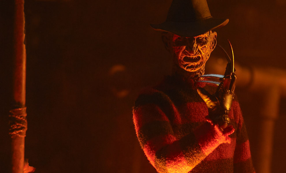 sideshow-collectibles-unveils-their-freddy-krueger-action-figure1