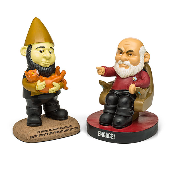 these-star-trek-the-next-generation-garden-gnomes-is-what-your-yard-needs6