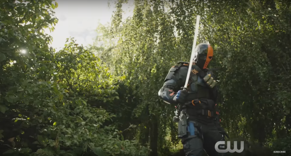first-look-at-deathstroke-and-the-dominators-in-the-cw-dc-series-crossover-promo-spot3