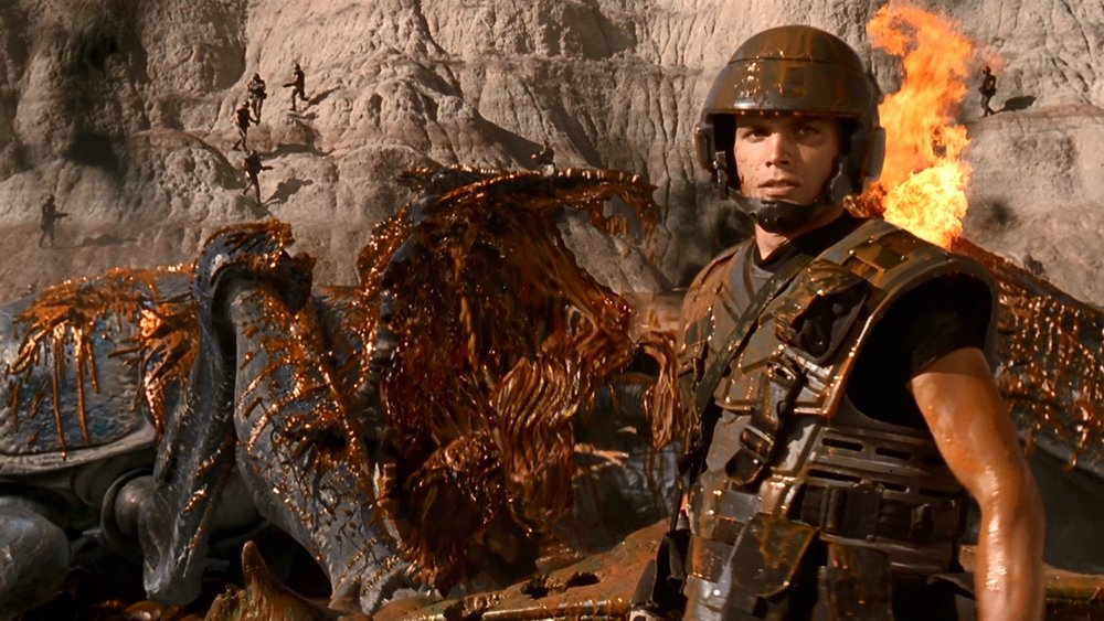 rare-behind-the-scenes-photos-and-making-of-featurette-for-starship-troopers1